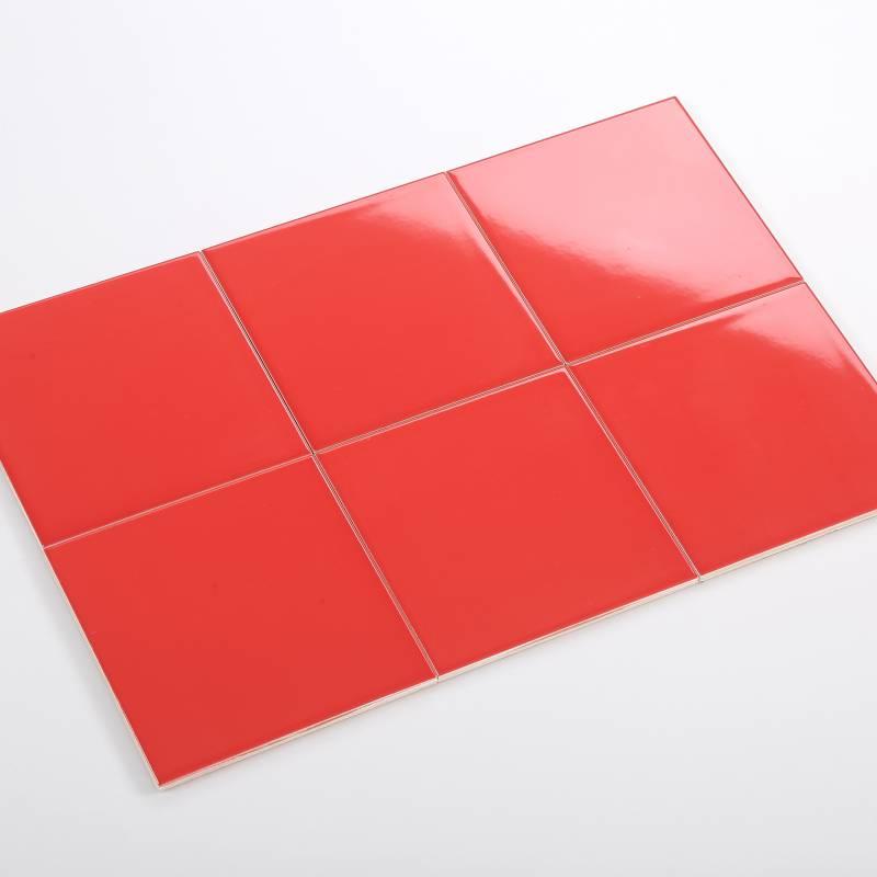 Gạch thẻ đỏ bóng phẳng 150*150mm BC-M151510