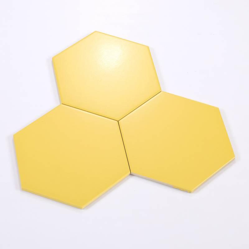 Gạch thẻ lục giác màu vàng KT 200x230x115mm M23205