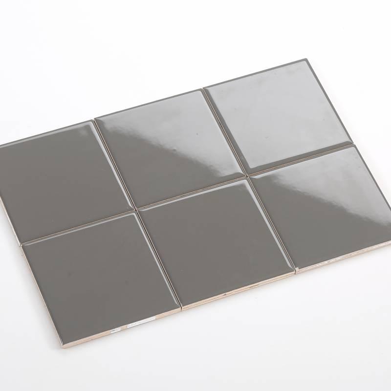 Gạch thẻ màu xám đậm bóng phẳng 100*100mm BC-M1103