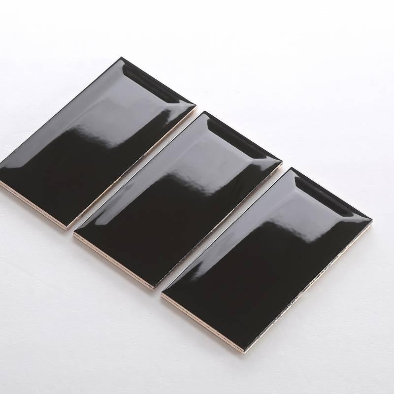 Gạch thẻ ốp tường nhập khẩu màu đen KT 75x150mm MT-GNK-003