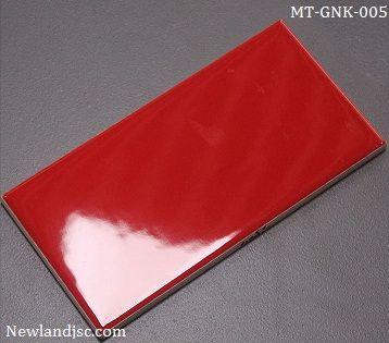 Gạch thẻ ốp tường nhập khẩu màu đỏ KT 75x150mm MT-GNK-005